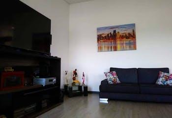 Apartamento en venta en Barrios Unidos con Balcón...