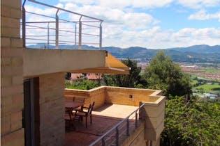 Casa en venta en Yerbabuena con acceso a Jardín