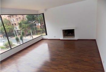 Apartamento en Chico Reservado, Chico - 140mt, tres alcobas, chimenea