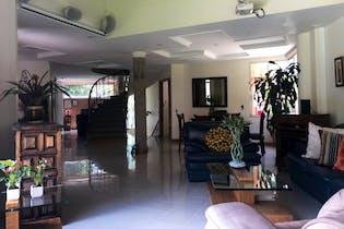 Casa en Venta en El Esmeraldal, de 420mtrs2 con terraza