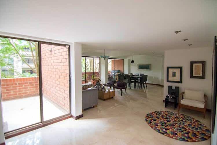 Portada Apartamento en Venta en Las Lomas, de 198mtrs2 con dos balcones