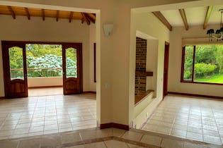 Casa en Venta en Los Salado-El Retiro con 4576 mt2.