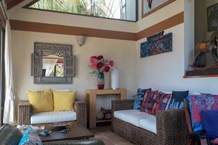 Casa en venta en Casco Urbano El Retiro de 465 mt con chimenea