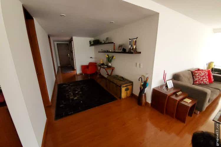 Portada Apartamento en venta en Santa Paula de 213 mt con chimenea
