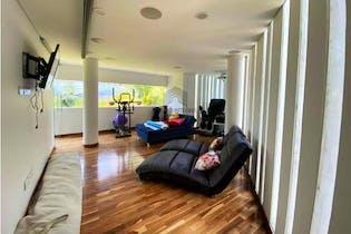 Casa en venta en Camino Verde de 6300mt2 con terraza.