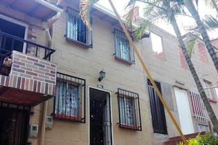 Casa en venta en Cabecera San Antonio de Prado de 2 niveles.