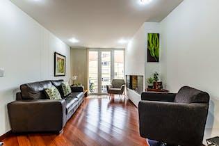 Apartamento amoblado con chimenea a gas, en Santa Paula de 77m2