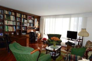 Apartamento amoblado con hall de entrada, en Suba de 71.43 M2