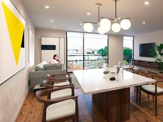 Una cocina con una mesa y sillas en ella en Nogal 178