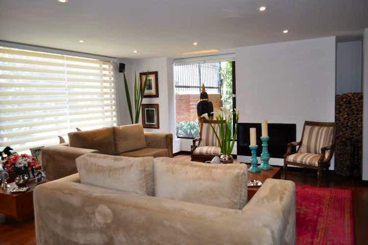 Portada Apartamento en venta en Barrio La Carolina de 197.5 mts2