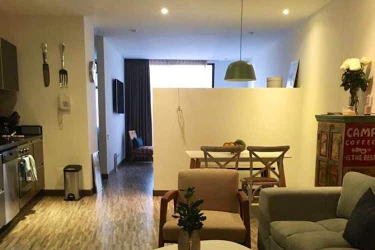 Portada Apartamento en venta en Barrio La Carolina de 63 mt con balcón