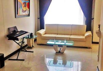 Casa en venta en Modelia de 3 habitaciones
