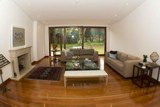 Casa en venta en Santa Ana, 600m² con Jardín...