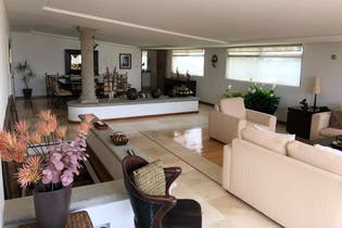 Casa en venta en Héroes de Padierna de 810 mt2. de 3 niveles.