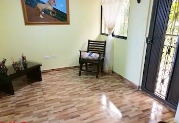 Casa en venta en Cabecera San Antonio de Prado de 180mt2 con patio.