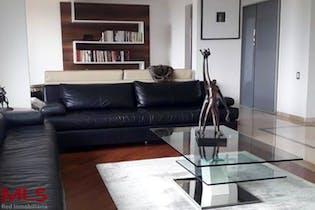 Apartamento en venta en Los Balsos de 226,18 mt con balcón