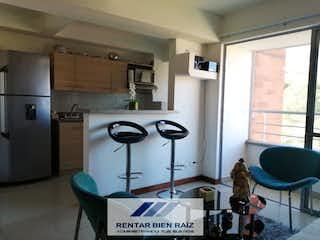 Una cocina con nevera y una estufa en Apartamento en venta en Palenque, 70mt con balcon