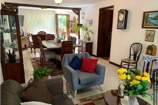 Casa en venta en Suramericana de 211mts, dos niveles