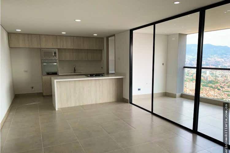 Portada Apartamento en venta en Loma de Las Brujas de 132 mts2