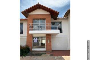 Casa en venta en Circunvalar, 135m² con Jardín...