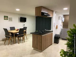 Una sala de estar llena de muebles y una televisión de pantalla plana en Apartamentos para estrenar en Belén Rosales