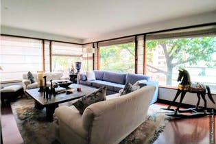 Apartamento en venta en El Retiro de 3 hab. con Jardín...