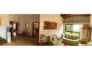 Casa en venta en Alejandría de 800 mts2 de 4 niveles