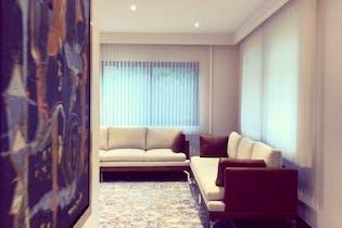 Casa en venta en Jardines en la Montaña de 766mts2, tres niveles