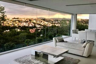 Casa en venta en Lomas De Bellavista de 345mts2, tres niveles