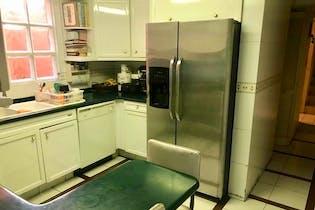 Casa en venta en Lomas de Vista Hermosa de 298mt2 con terraza.