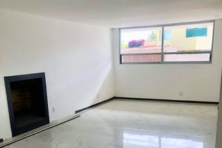 Casa en venta en Villa De Las Lomas, 600mt