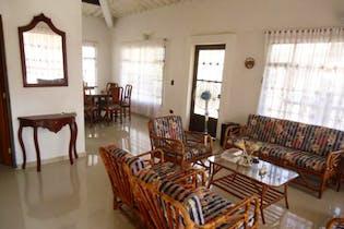 Casa Campestre En Casco Urbano Soacha, Soacha, 4 Habitaciones-600m2.