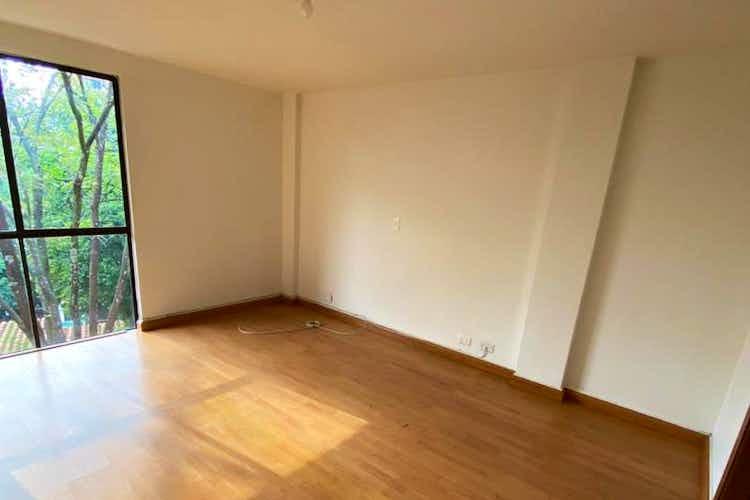 Portada Apartamento En Venta En Loma de Benedictinos de 66mt2