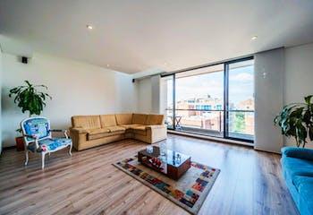 Apartamento En Venta En Barrio La Carolina, de 202mtrs2 con balcón
