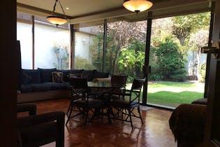 Casa en Venta en Bosque de las Lomas de 1000mt2 con terraza.