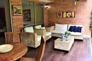 Casa en venta en Loma del Chocho de 172 mt con balcón