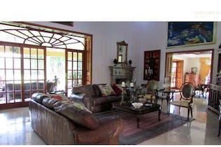 Casa en venta en Chipre de 12800 mt con chimenea