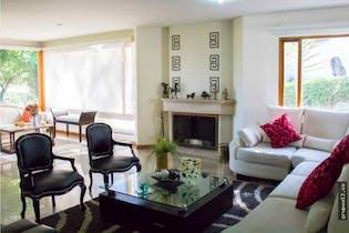 Casa en venta en Niza Norte de 400mts2, dos niveles
