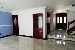 Casa en venta en Arboledas, de 308mtrs2