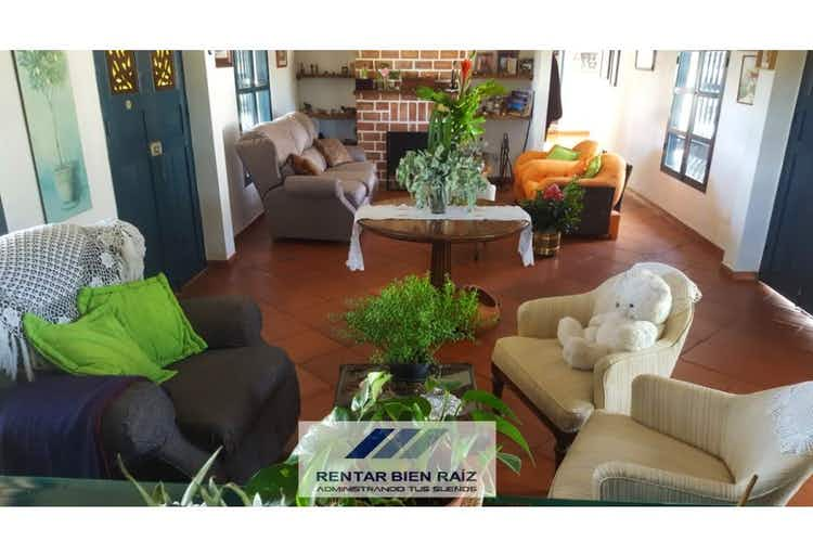 Portada Casa campestre en venta en El Peñól Antioquia  4 habitaciones