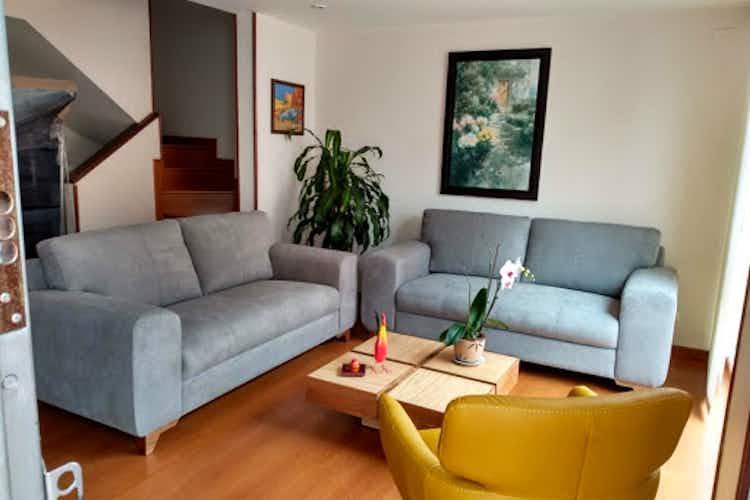 Portada Casa en venta en Alameda  3 habitaciones