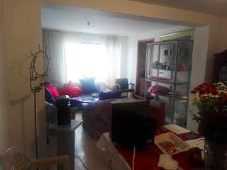 Una sala de estar llena de muebles y una ventana en Casa En Venta En Bogota San Cristobal Norte-Usaquén -2 alcobas