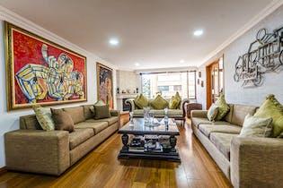 Apartamento con chimenea funcional, en la Calleja de 204m2