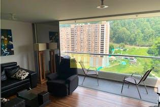 Apartamento en venta en Loma del Indio de 68 mt con balcón