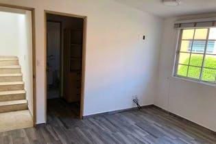 Casa en venta en Nueva Oriental Coapa de cuatro recamaras