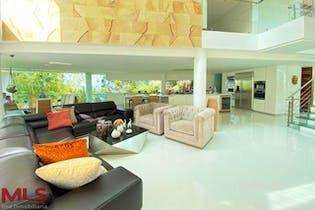 Casa en venta en El Salado, 6200mtde tres niveles.