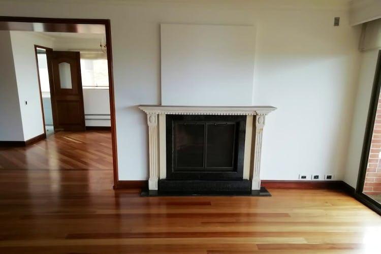 Portada Apartamento en venta en Bosque Medina de 265 mt2.  con chimenea