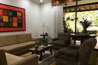 Casa en venta en El Campestre de 310mts, dos niveles