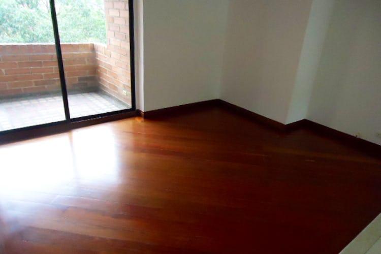 Portada Apartamento en venta en Palmas de tres habitaciones