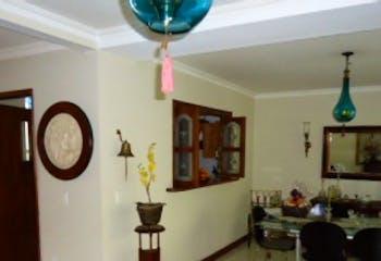 Apartamento en venta en Loma del Atravezado de 212mts, dos niveles